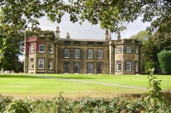 Fixby Hall